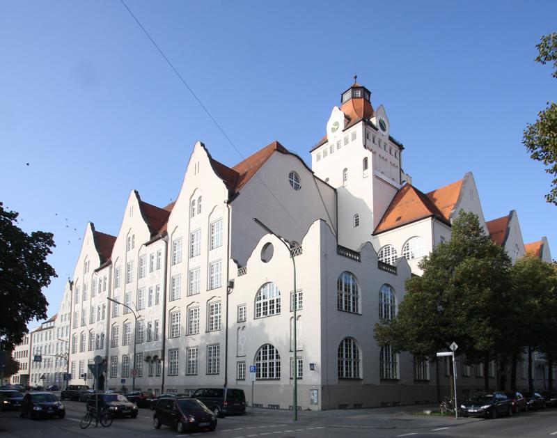 :: Immobilienreport - München :: Neuschwabing.php