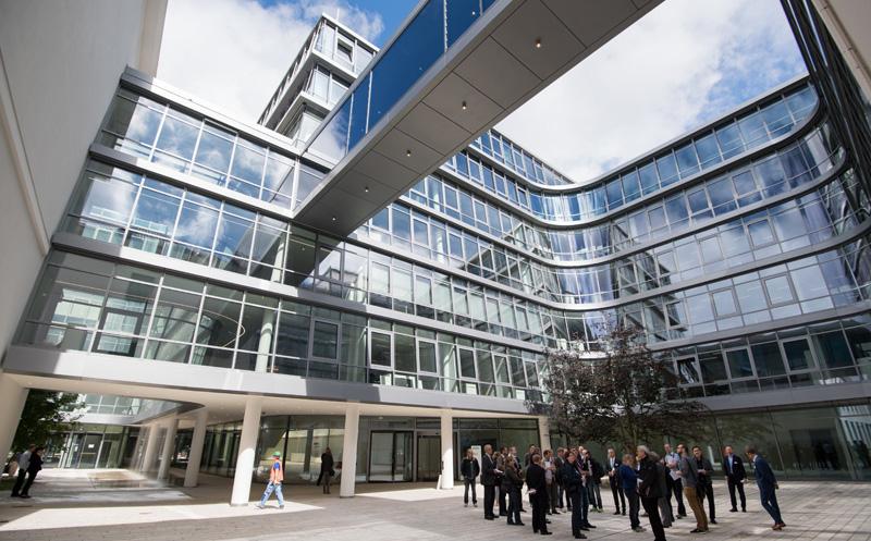 Immobilienreport m nchen wittelsbacherplatz 2 for Siemens platz